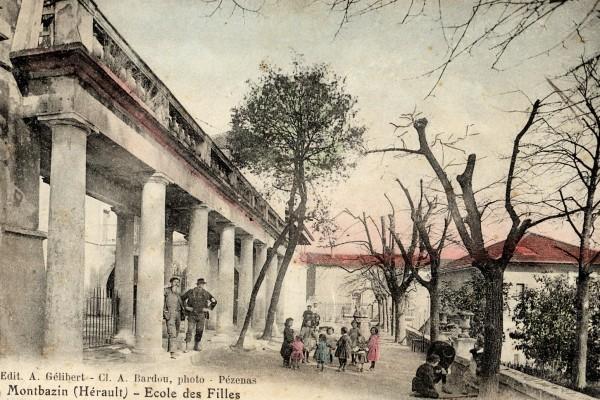 les colonnades