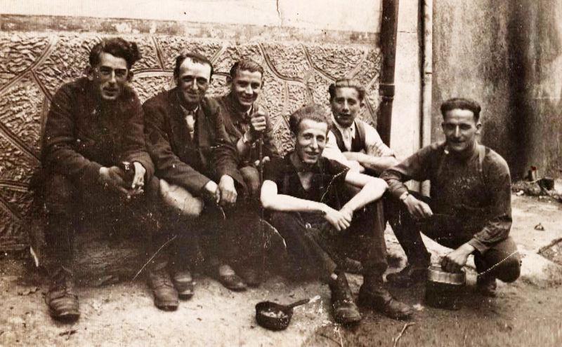 Groupe de Belges à Montbazin le 7 juillet 1940