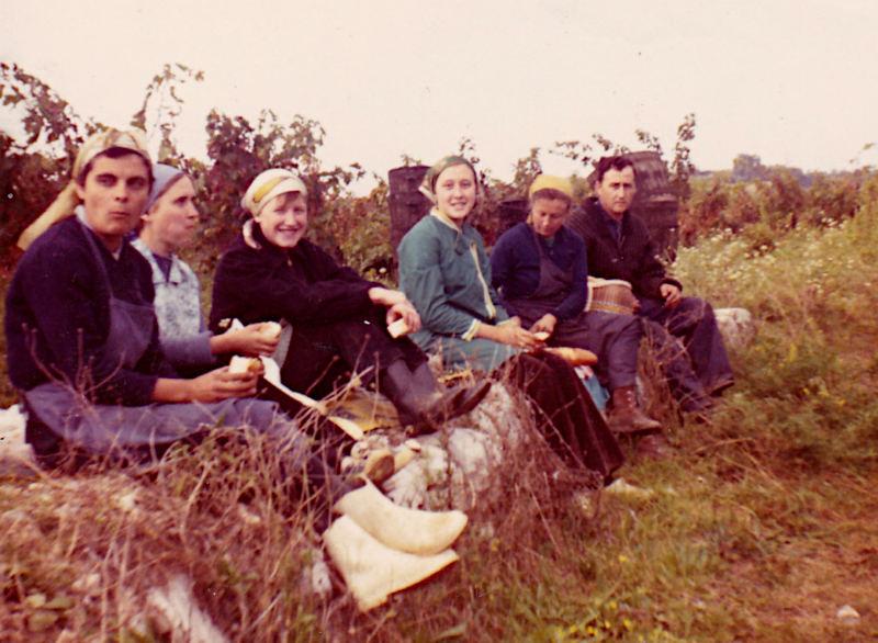 Marie Emilia, Maïté, Lutegarde, Line Géraud, Josette Géraud, Robert Géraud en 1972