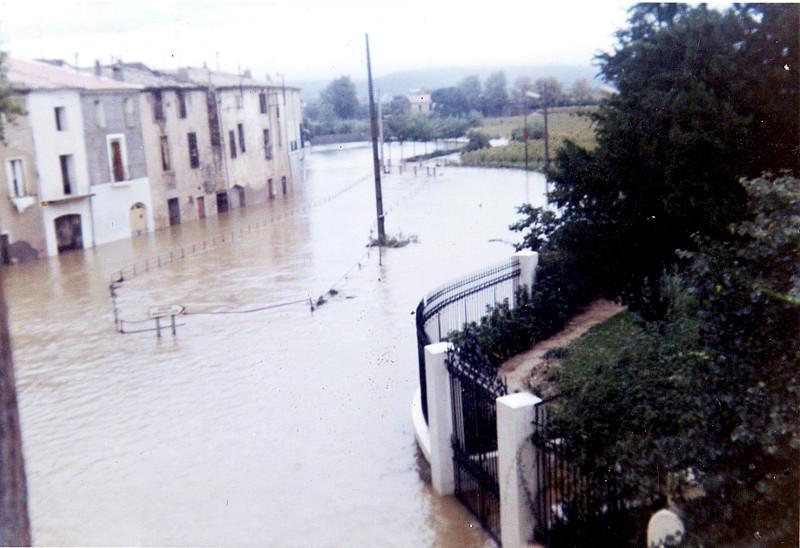 Les inondations à Montbazin en 1989