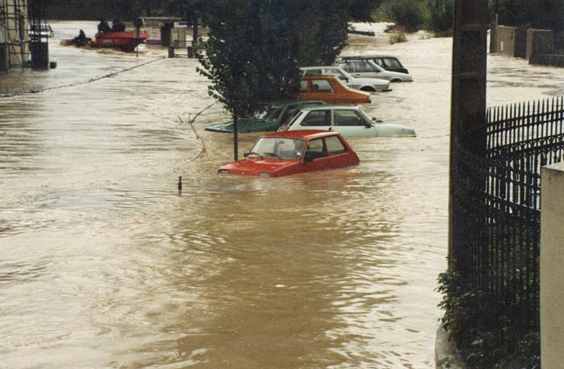 Les inondations à Montbazin en septembre 1987