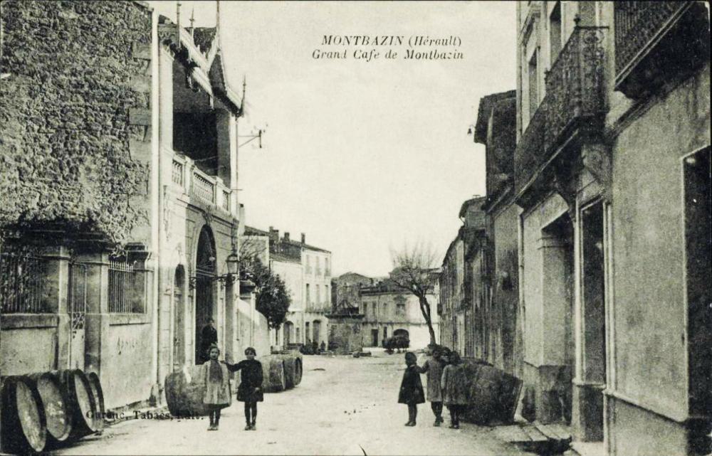 """le """"Grand café"""" qui devint en 1933 le Foyer des campagnes"""