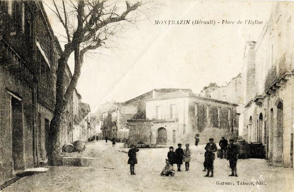 Montbazin place église